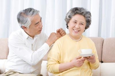 Cách chọn mua đệm cho người già